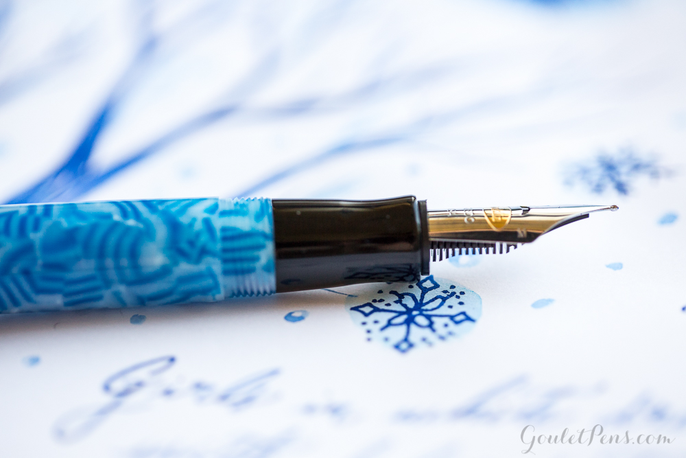 Monday Matchup #72: Conklin Duragraph Ice Blue Medium with Visconti Blue