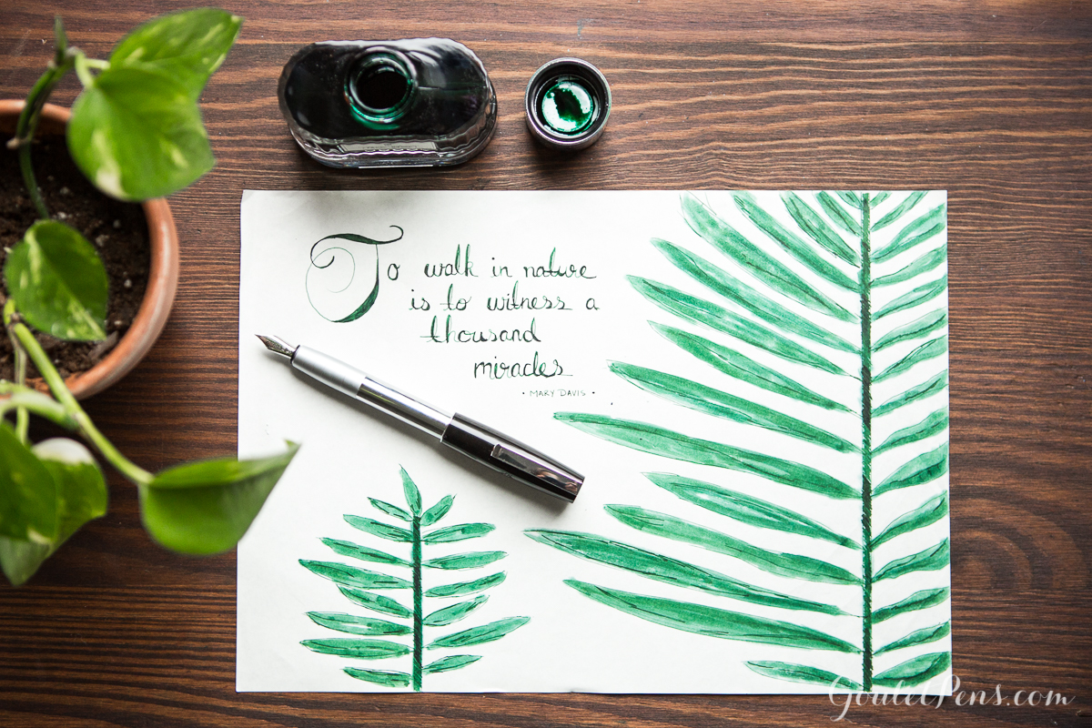 Graf von Faber-Castell Moss Green with a Faber-Castell Loom