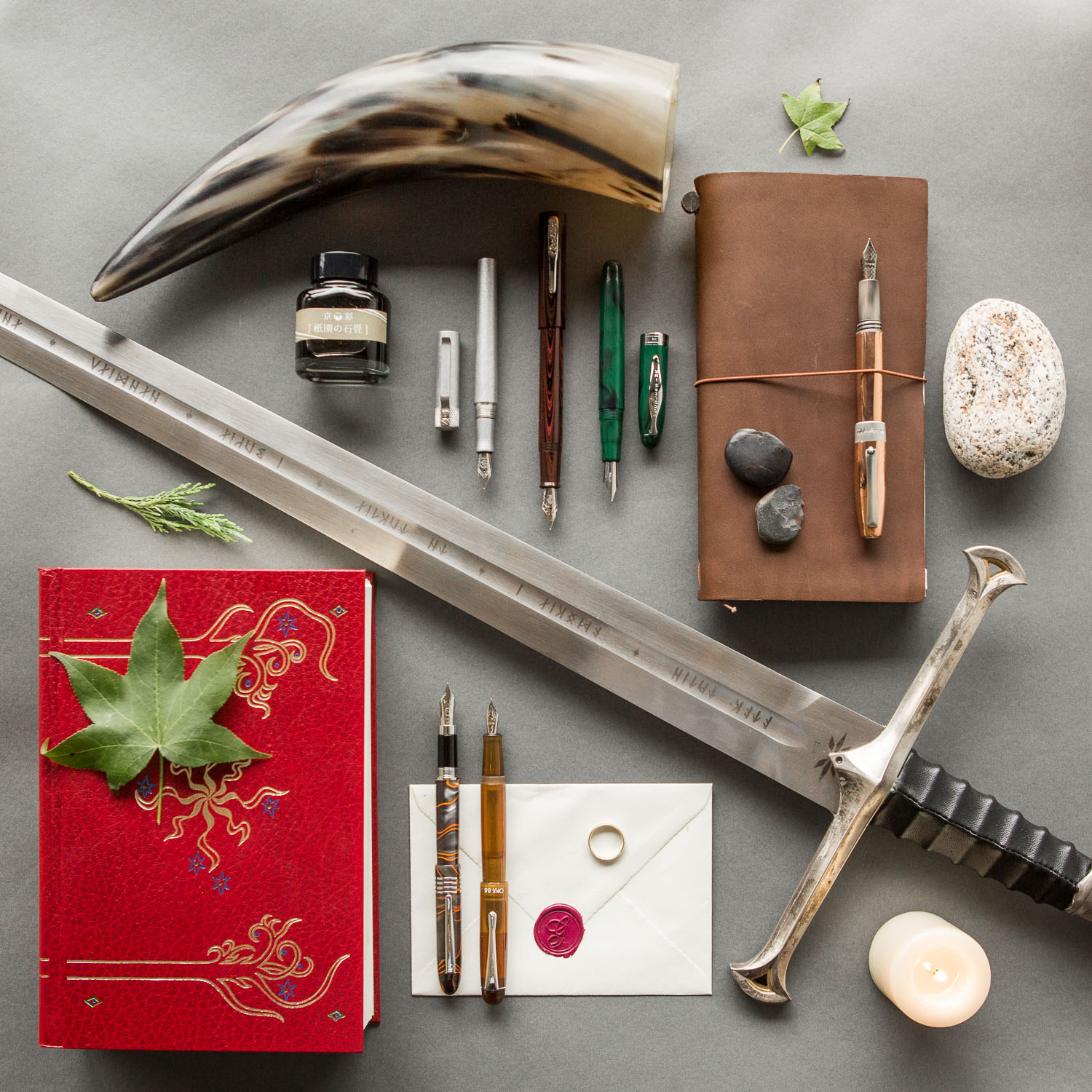 J.R.R. Tolkien's Lord of the Rings themed fountain pens, notebooks, and ink.